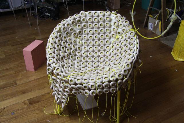 06_tutu_chair